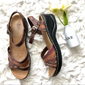 Clark's Bendables 3 tone Brown Leather Sandal 9W